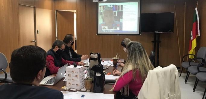 GOVERNO ESTABELECERÁ NOVA DATA PARA REINÍCIO GRADUAL DAS AULAS PRESENCIAIS