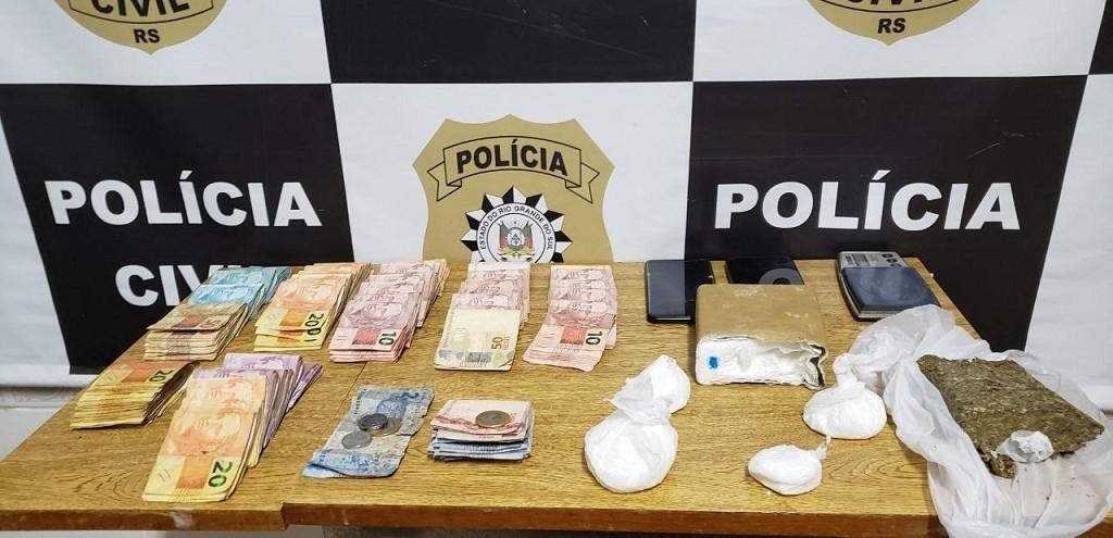 PC DE SJN PRENDE HOMEM POR TRÁFICO DE DROGAS E GRANDE QUANTIDADE DE DINHEIRO