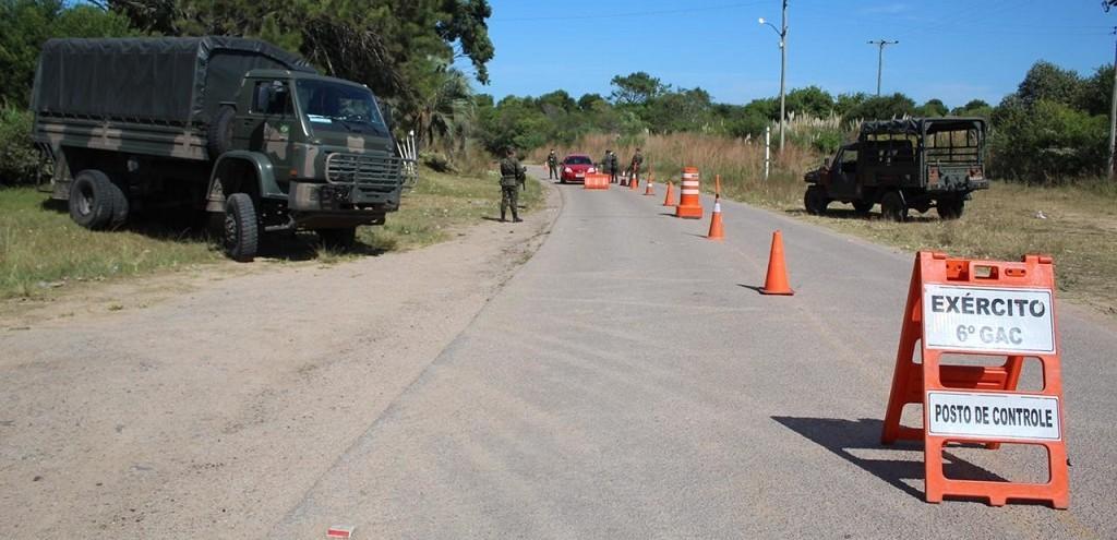 6º GAC PARTICIPA DE OPERAÇÃO DE COMBATE AO CORONAVÍRUS NA FRONTEIRA