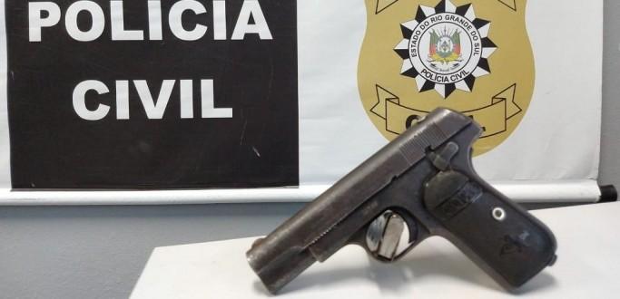 POLICIAIS DA DEAM FLAGRAM ROUBOS A PEDESTRES E PRENDEM ASSALTANTE