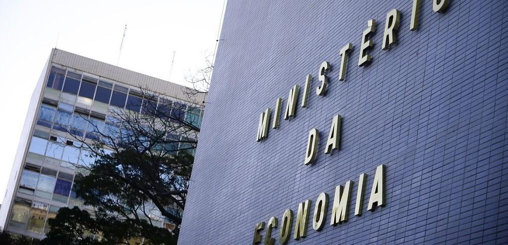 ABERTURA DE EMPRESAS CAI 29,5% EM ABRIL, MOSTRA MINISTÉRIO DA ECONOMIA