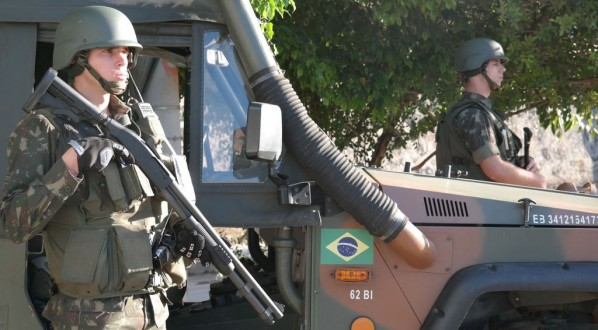 AÇÕES DAS FORÇAS ARMADAS SERÃO FEITAS DE SURPRESA NO RIO, DIZ JUNGMANN