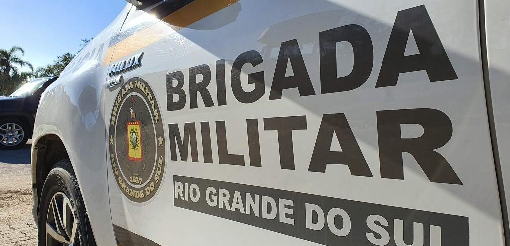 BM RECUPERA VEÍCULO FURTADO E COM PLACAS CLONADAS NO BAIRRO CASTELO BRANCO
