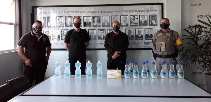 PRE E BOMBEIROS DE SÃO LOURENÇO DO SUL RECEBEM DOAÇÕES MATERIAIS DE PROTEÇÃO INDIVIDUAL