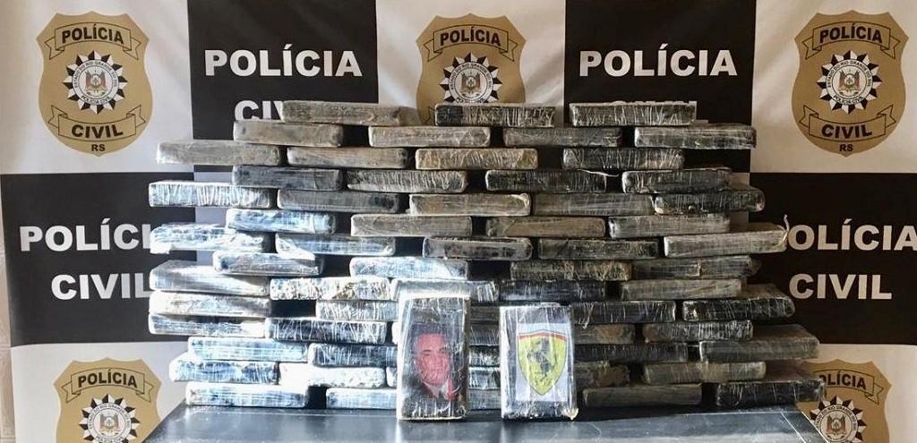 PC APREENDE 70 KG DE COCAÍNA ENTERRADOS NA PRAIA DO MAR GROSSO, EM SJN