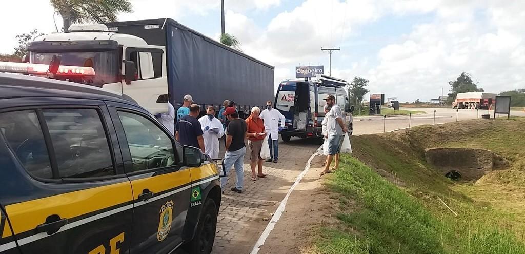 REDE DE SOLIDARIEDADE SE FORMA EM PROL DOS CAMINHONEIROS NA ZONA SUL