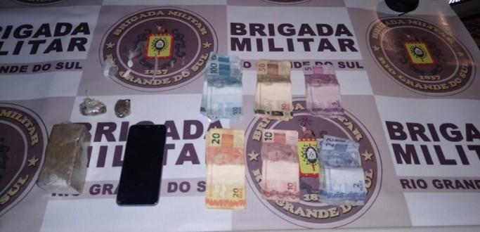 TRIO É PRESO POR TRÁFICO DE DROGAS NO BAIRRO CIBRAZÉM