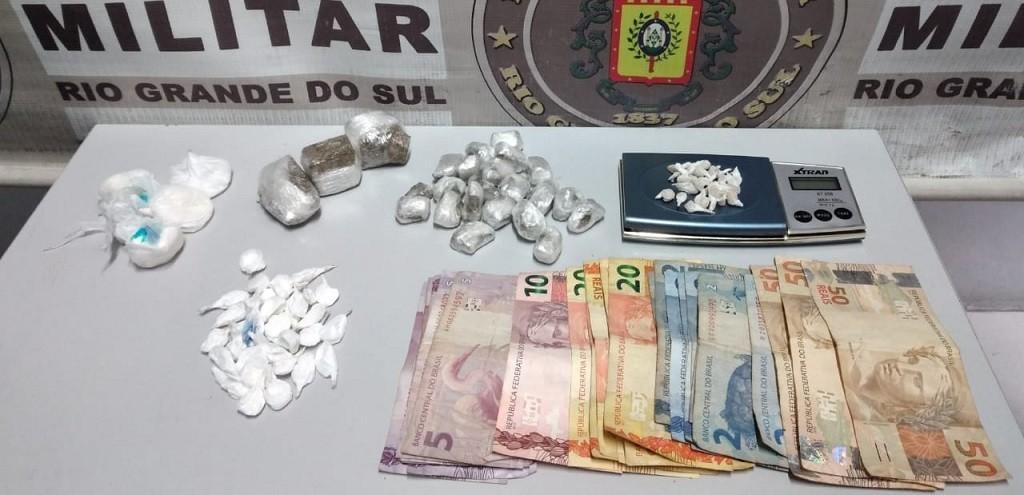 BRIGADA MILITAR PRENDE JOVEM POR TRÁFICO DE DROGAS NO BAIRRO SÃO JOÃO